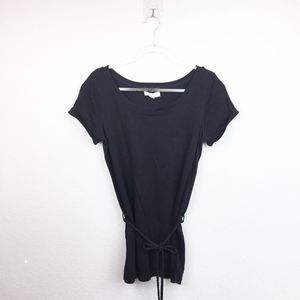 • FOREVER 21 • Belted Black Tee Sz S